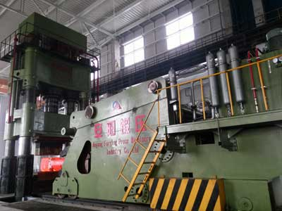 30 ton manipulator and 3150 ton press in Romania